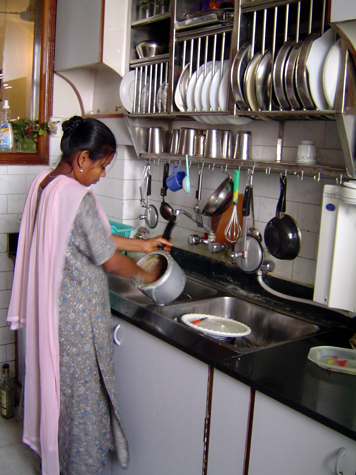 Contextualizing technology and behavioural change the case of the dishwasher Indian kitchen design picture gallery